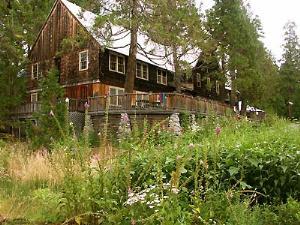 Breitenbush Lodge