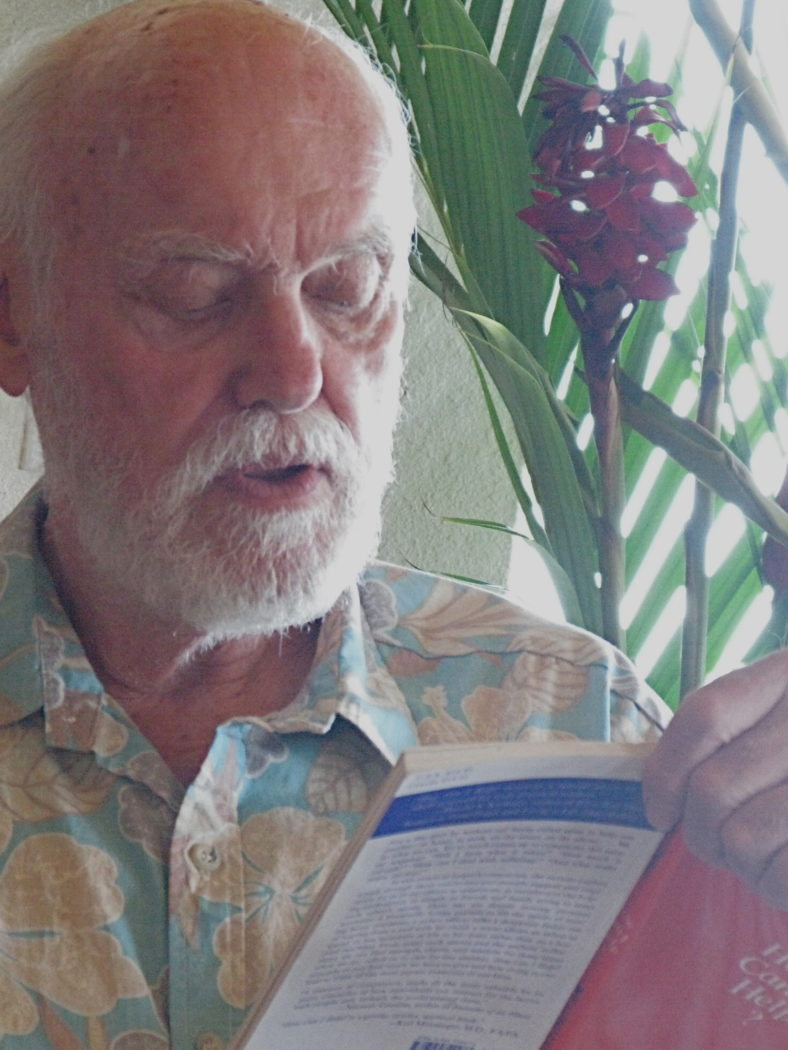 "Photo of Ram Dass reading ""How Can I Help"" in 2009"
